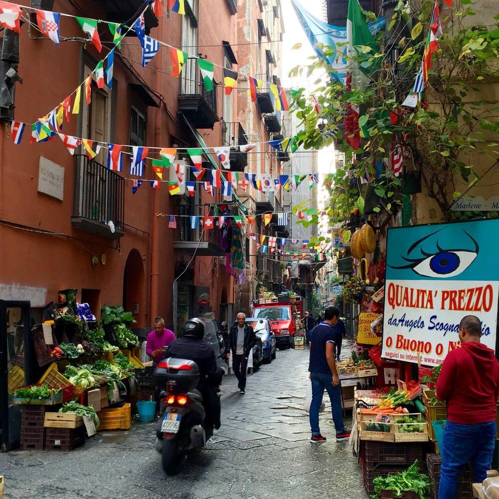 napels quartieri spagnoli
