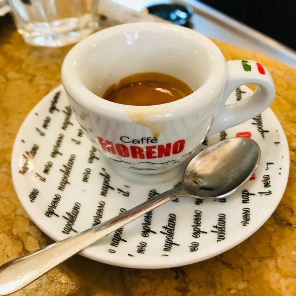 kopje koffie napels