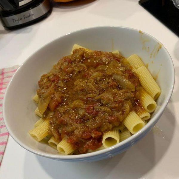 Recept Pasta Genovese alla Napoletana