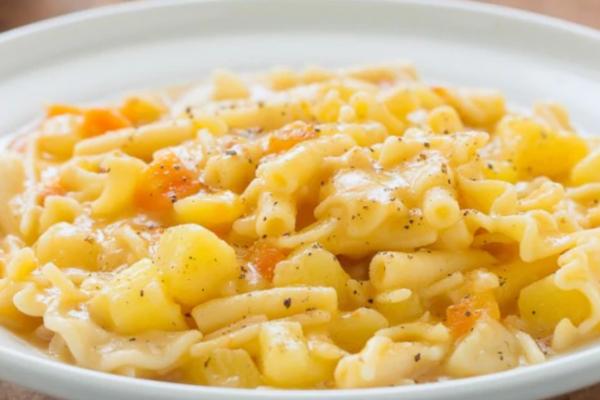 Het recept voor de Napolitaanse Pasta e Patate.