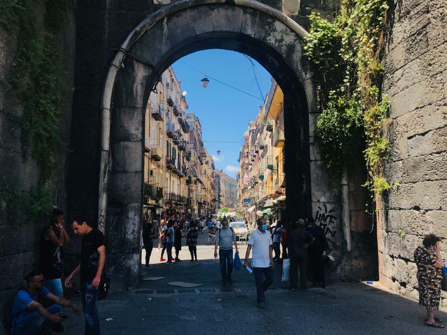 de leukste markten van Napels, Porta Nolana
