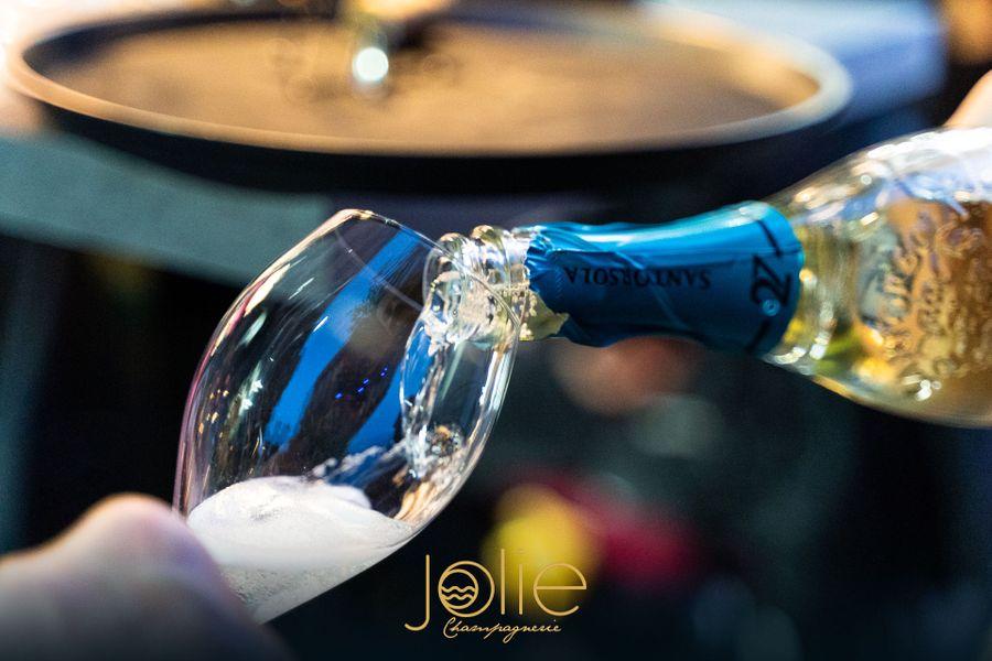 Bar Jolie Napels Champagneria
